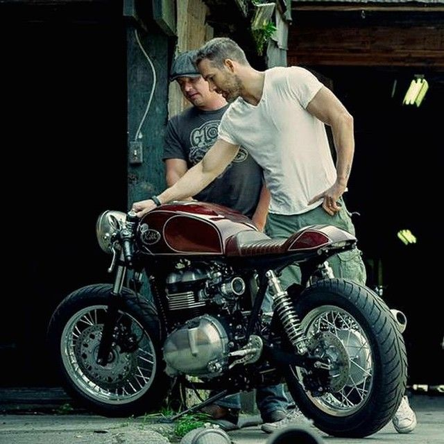"""2,358 Likes, 25 Comments - CAFE RACER  caferacergram (@caferacergram) on Instagram: """"@caferacergram  by CAFE RACER www.facebook.com/caferacers #caferacergram #caferacer #caferacers…"""""""