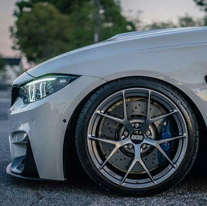 BMW F82 M4 white BBS