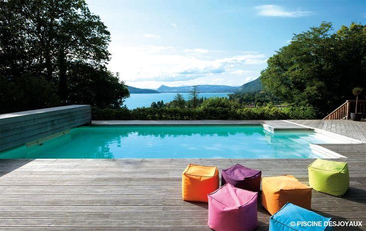 Piscine monobloc béton #Desjoyaux avec plage de bois. La #piscine, une nouvelle…