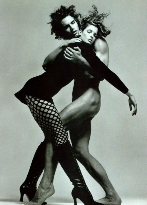 Stephanie Seymour Versace F/W 1993 Photographer : Richard Avedon