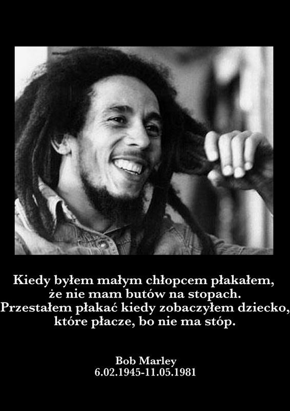 Bob Marley był dzieckiem białego mężczyzny i czarnoskórej kobiety. Przez całe swoje życie mówił, że nie utożsamia się z żadną ze stron. Zmarł ponad 30 lat temu.  Zapal swój znicz pamięci na: http://ariamemoria.com/category/miejsca-wspomnien/