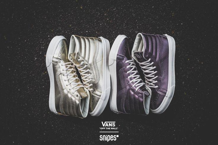 Zum 50. Geburtstag von VANS haben wir uns etwas ganz Besonderes einfallen lassen! Zwei SNIPES-exklusive VANS SK8 Hi Metallic, deren Leder-Upper so schön glänzt wie Geschenkpapier. Entscheide dich zwischen Gold oder Lila und feiere mit SNIPES und VANS 50 Jahre Skate- und Sneaker-Wahnsinn an deinen Füßen.  #snipes #snipesknows #vans #metallic #snipesexclusive #sk8hi #sk8himetallic #vanslove