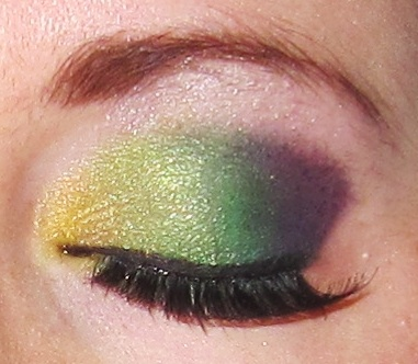 Rainbow Eye MakeupRainbows Eye Makeup, Eye Shadows, Colors, Hair Makeup, Green Eye Makeup, Green Eyes Makeup, Beautiful Face, Makeup Face Hair, High Schools