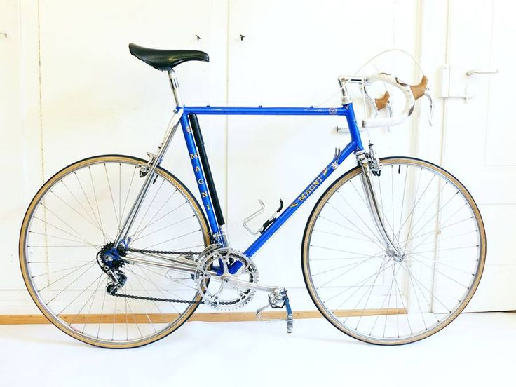 Showbike from Magni, Zurich with Columbus SL framework #103 finished in royal blue. ICS upgraded Campagnolo Super Record equipment. Cinelli bar and stem. Italcicli labeled Concor saddle. Martano rims, Regina Oro freewheel and chain.