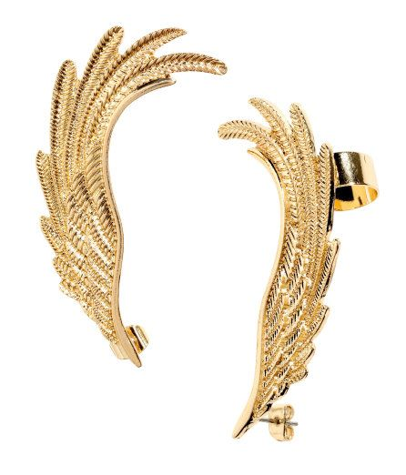 """In love with this earcuff from H&M but no idea how to wear it (_ _"""")"""