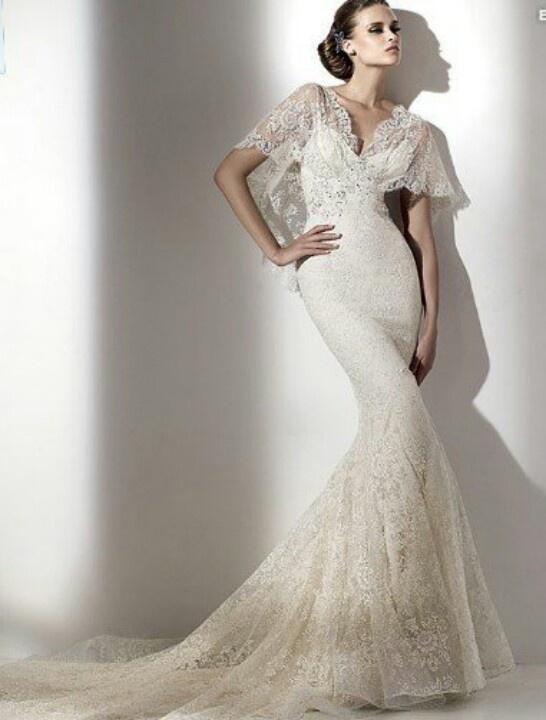Fishtail wedding dress wedding dresses cakes etc for Fishtail wedding dress