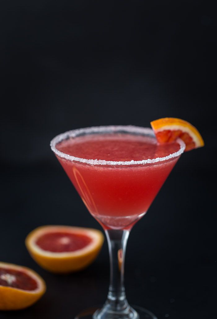 A blood orange vanilla martini with hints of vanilla extract and sweet citrus blood orange. via @zmansaray