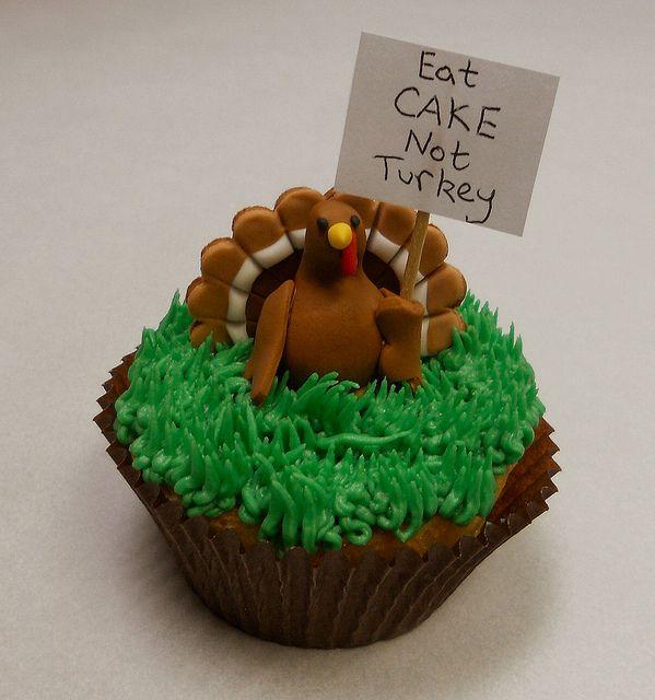 Thanksgiving Turkey Cupcakes | Protesting Thanksgiving Turkey Cupcake « The Cupcake Blog