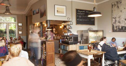 MEISTER GERHARD, Köln #curvedcucumber #köln #kölle #cgn #cologne #coffeeplaces #favoriteplaces