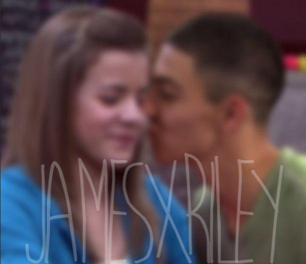 #Season1 #TheNextStep #TNS #Riley #James #Jiley #Kiss #Love