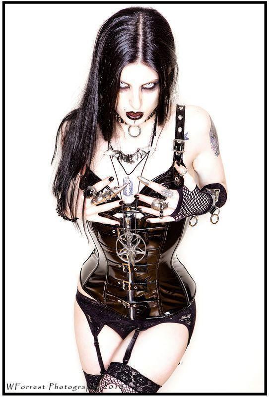 extreme sexy girls black metal