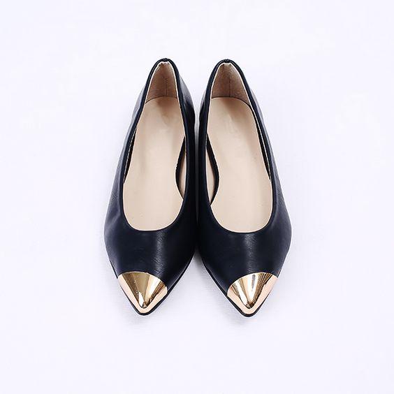 Korea womens shopping mall [REALCOCO] Vandal Flat / Size : 230-250 / Price : 32 USD #korea #fashion #style #fashionshop #apperal #koreashop #ootd #realcoco #shoes #flat #black #navy #dailyshoes