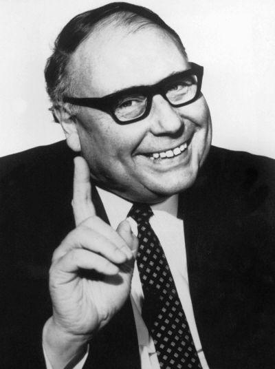 Heinz Erhardt - Der beste Komiker, Entertainer und Dichter von damals  Geboren: 20 Februar 1909 in Riga Gestorben: 5 Juni 1979 in Hamburg