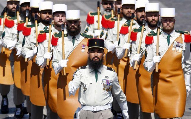"""Cum arată antrenamentele în Legiunea Străină, unitate de elită a armatei franceze al cărei motto este """"Mergi sau crapă"""""""