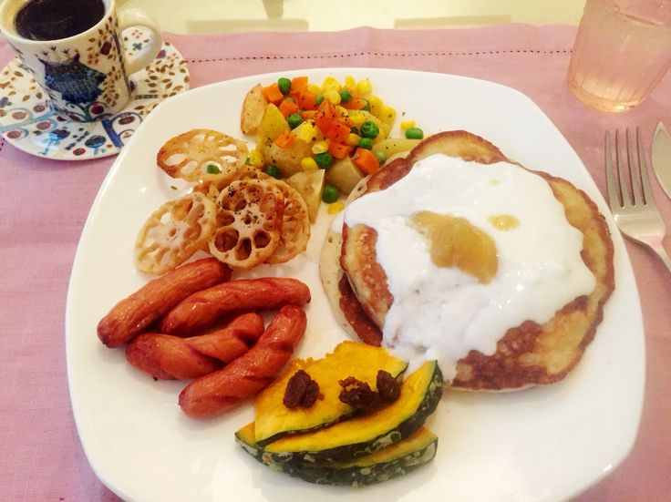 Pancake w/ sweet potato jam, roasted vegetables and sausage for breakfast. Original by heelsandmacarons