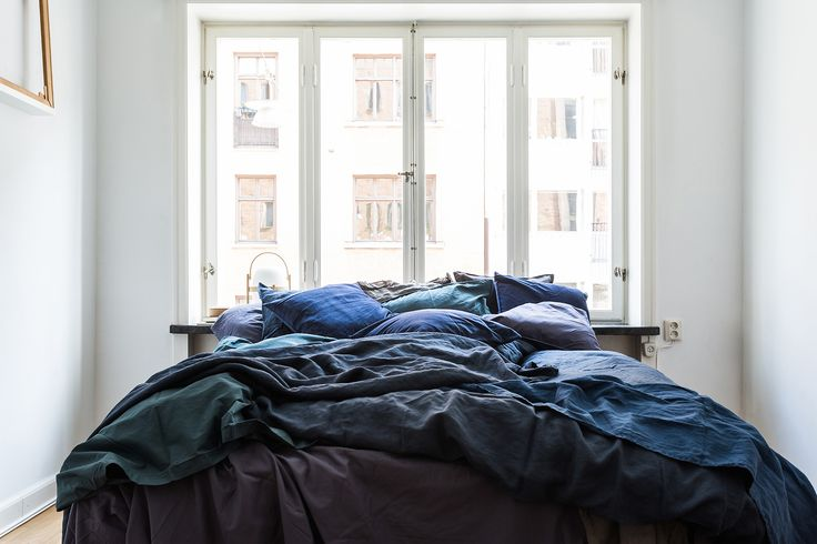 blue bedroom styling, fantastic frank by linnéa salmén via http://www.scandinavianlovesong.com/