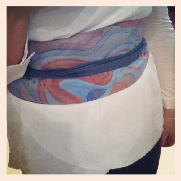 #claudiafsetedipinte per #atelieraltrecosedilu #silk #obibelt #handpainted #loveit #solocosebelle #shopping @ Atelier Altrecose via Cerva 8 #milano via @Des petits pois gris