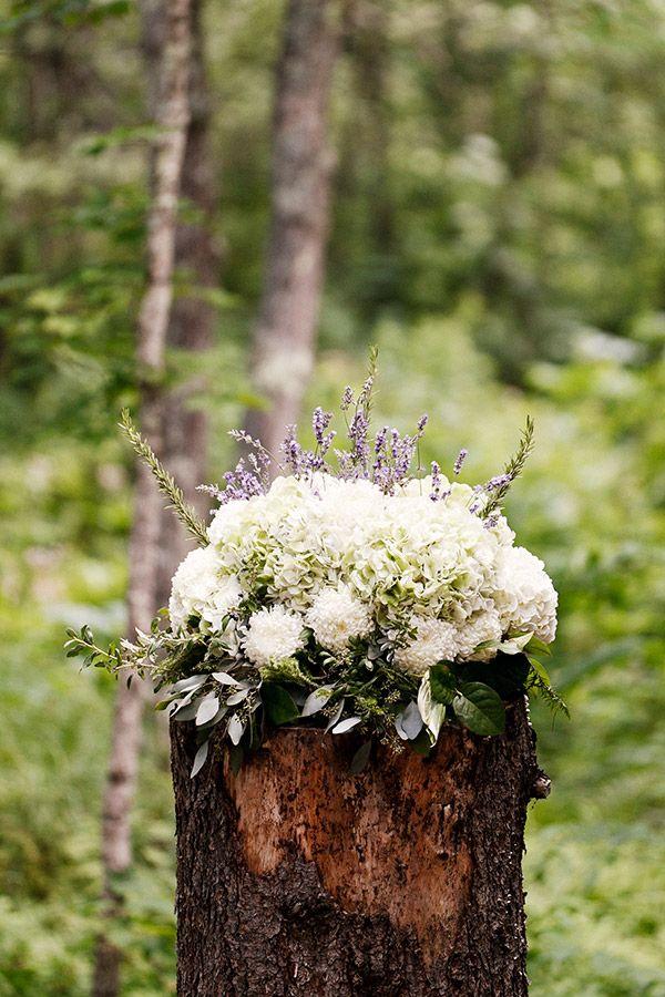 .: Galleries, Forest Wedding, Flower Arrangements, Forests Weddings, Seclud Forests, Forests Functioning, Trees Stumps, White Hydrangeas, Flower Decoration Idea