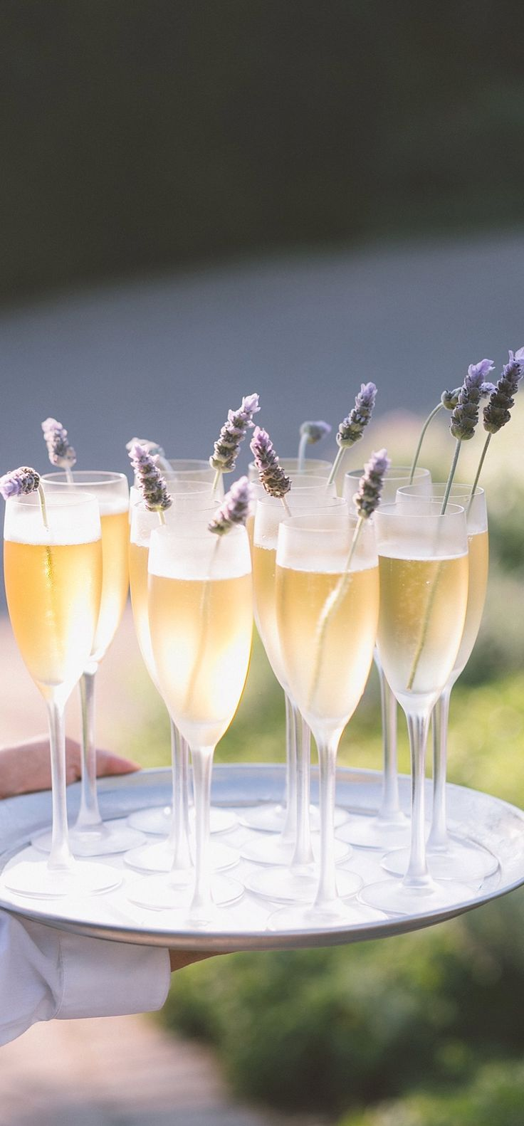 The perfect drink to fit a bohemian feel.. Champagne with Lavender | Wedding drinks | Simple | Free Spirit
