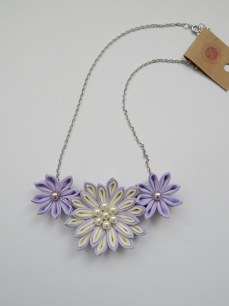 Kanzashi necklace Flower statement necklace por LilsHandmadeGarden
