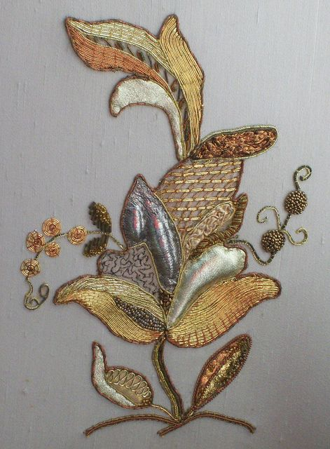 embroidery by Martha-Ann48, via Flickr - Goldwork and trapunto.