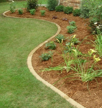 Bullet Paver Edging Submited Images Pic2fly Diy Landscaping Paver Edging Backyard Landscaping