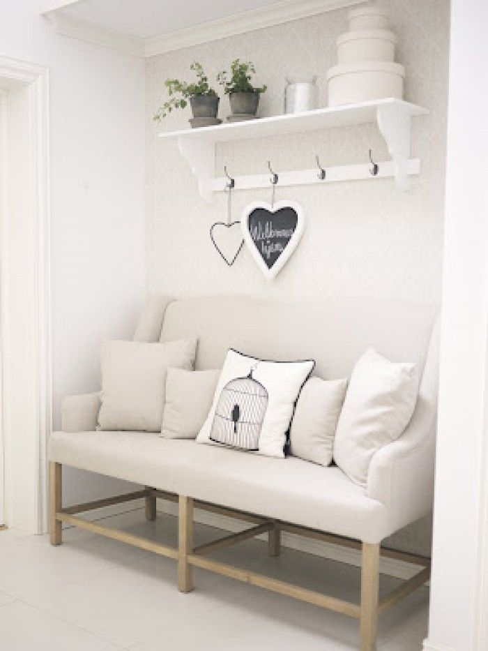 gem tliche ecke f r einen flur und tolle garderobe shabby deko pinterest gem tliche ecke. Black Bedroom Furniture Sets. Home Design Ideas