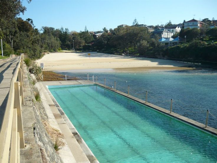 Clovelly Cove and Beach. The saltwater swimming pool.