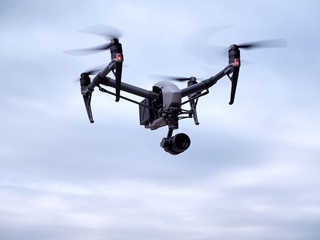 [Reviews]Vol.07 ついに登場!プロ用空撮ドローンINSPIRE 2〜その飛行性能は? [前編] - DRONE | ドローン専門メディア