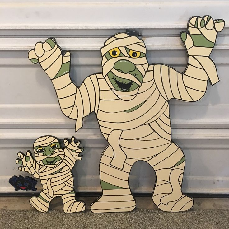 These two would be cute in your front yard!!! Halloween items 10% off through July 31st.  Use coupon code: HALLOWEENSALE