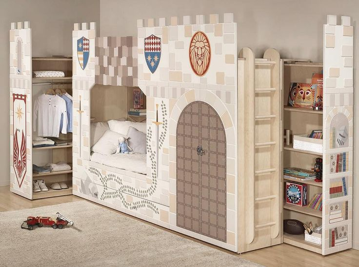 King of the castles 👑🏰 - Young Empire - Smart Luxury Children's Furniture