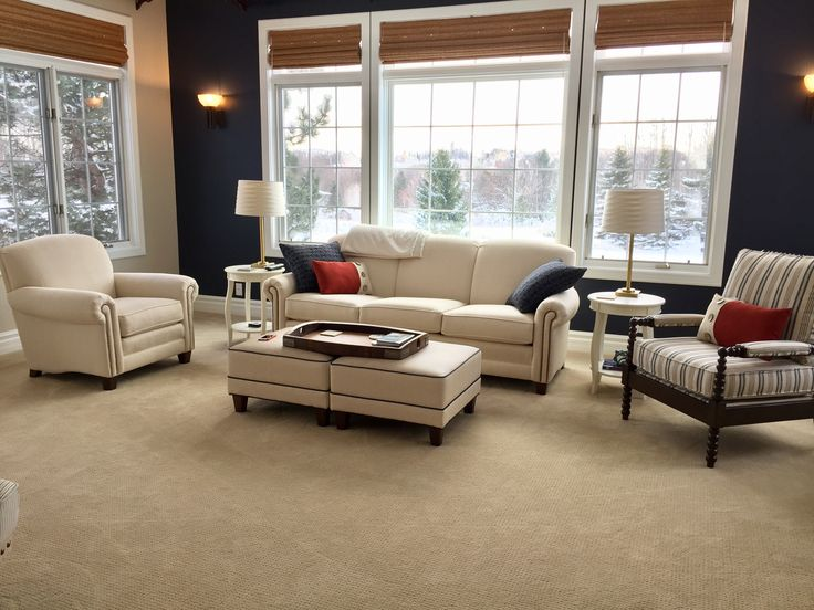 Paint Hale Navy by Benjamin Moore Accessible Beige by Sherwin Williams Furniture by Smith