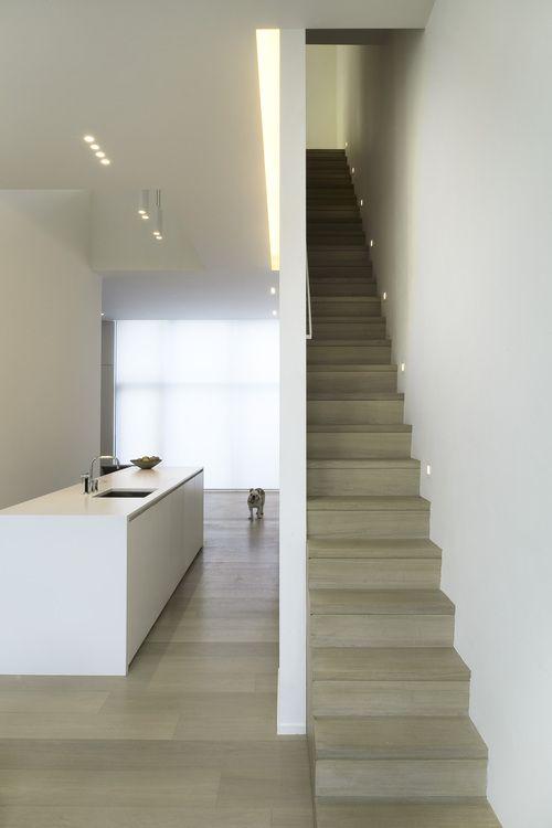 vloerbekleding & trap in zelfde materiaal « kan in gepolierd beton?