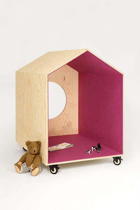 Mobile toy home by Studio Andreas Mikutta via designperbambini.it
