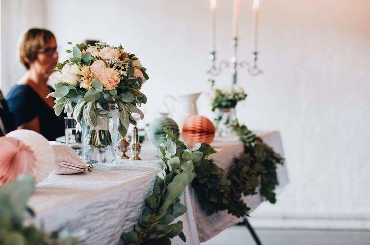 Blomster arbeider til bryllup av Thea