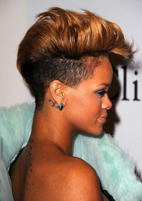 Rihanna Blonde Fauxhawk Side View - Rihanna's Short Haircuts: Best Styles Over the Years