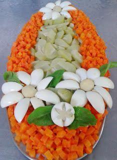 SALADAS DECORADAS: Salada de chuchu com cenoura cortada em pedaços be...