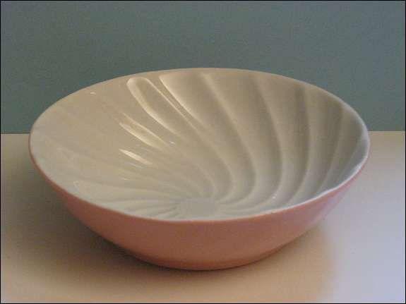 Lilienporzellan rosa 13cm Puddingform, 450,--