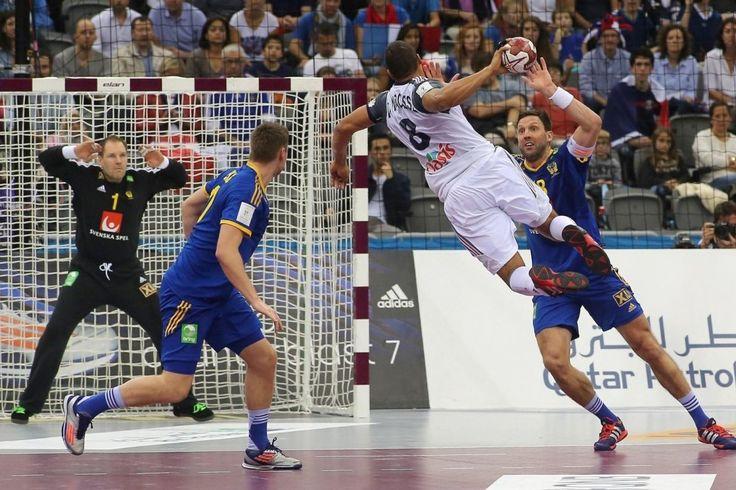 La France rencontre la Suède le 24 janvier 2015 à Doha. Daniel Narcisse marque contre les suédois.