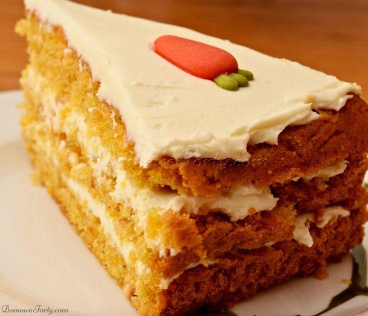 Tort Marchewkowy, to jeden z niewielu tortów, który możecie przygotować naprawdę szybko, a efekt końcowy jest przepyszny! Pokrojone na blaty ciasto marchewkowe jest puszyste, wilgotne, pachnące cynamonem i orzechami. W połączeniu z oryginalnym kremem, tworzy niepowtarzalny smak… smak w którym już dawno zakochali się Brytyjczycy i Amerykanie, a teraz zdobywa kolejne podniebienia. Jednak rosnąca …
