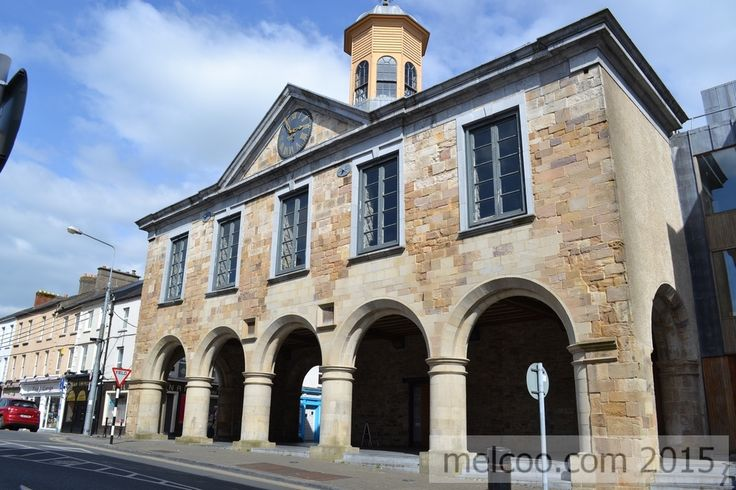 The Main Guard building in Clonmel, Tipperary. Built between 1673 and 1684 by the 1st Duke of Ormonde, inspired by Sir Christopher Wren designs.  The building was used a courthouse and tholsel.