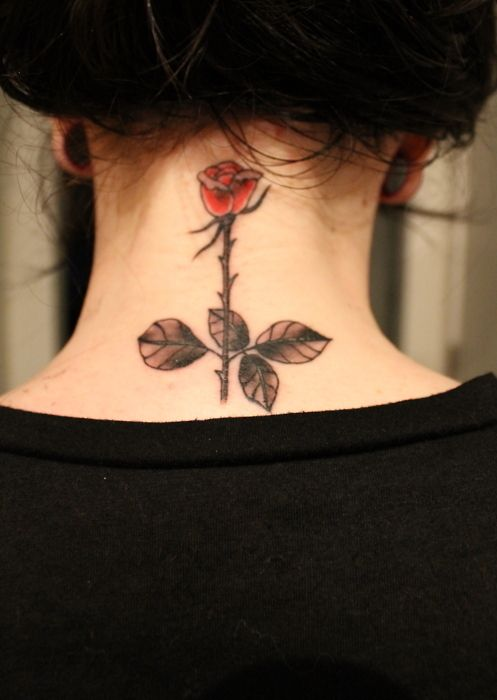 Nape behind the neck tattoo rose looks good here for Tattoos behind the neck