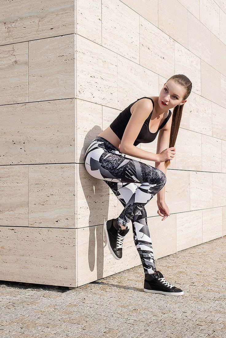 Leggings Youngprimitive - czech fashion designers