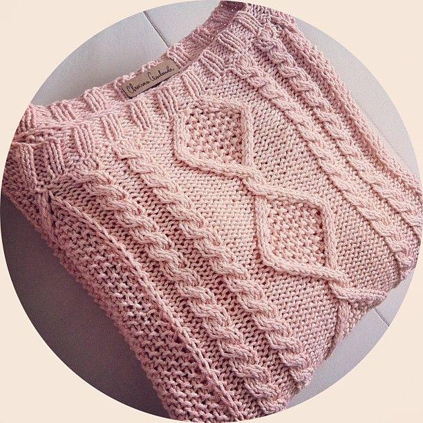 Ждет фотосессии #svetlanaselivanova #knitting #handknitted #handmade #cotton #cashmere #knit #knitted #handknit #musthave #yarn #knittedoutdoor #handcraft #sweater #pullover #cozy #вязание #вязаниеназаказ #творчество #свитер #хэндмейд #своимируками