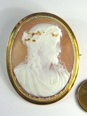 ANTIQUE 9K GOLD CARVED SHELL CAMEO PIN BROOCH c1880 JESUS CHRIST N/R