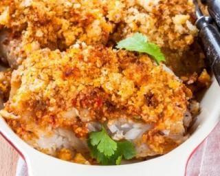 Cabillaud léger en crumble croquant de parmesan au curry : http://www.fourchette-et-bikini.fr/recettes/recettes-minceur/cabillaud-leger-en-crumble-croquant-de-parmesan-au-curry.html