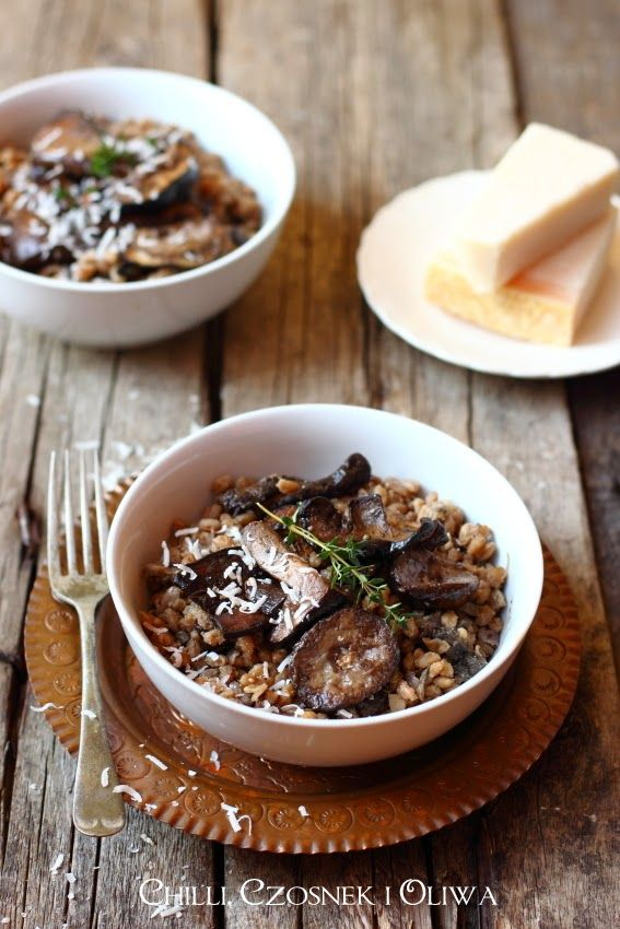 Mushroom risotto from farro wheat
