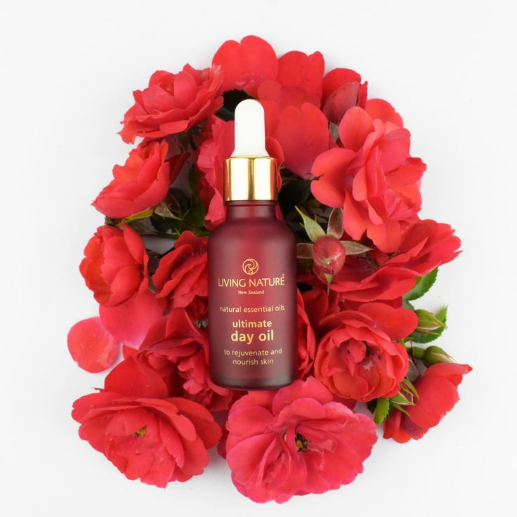 Living Nature's certified natural Ultimate Day Oil is your new essential balancing blend, containing the nutrients skin requires to achieve and maintain optimum health. Rosehip and evening primrose oils contain essential fatty acids to aid skin regeneration and repair damaged tissue, whilst the calming and rejuvenating properties of dried calendula flowers infused in jojoba oil helps to even out skin tone and give skin a healthy youthful glow.