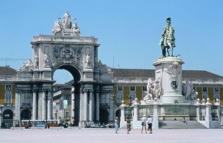 Plaza del Marques de Pombal. Lisboa. 2008.