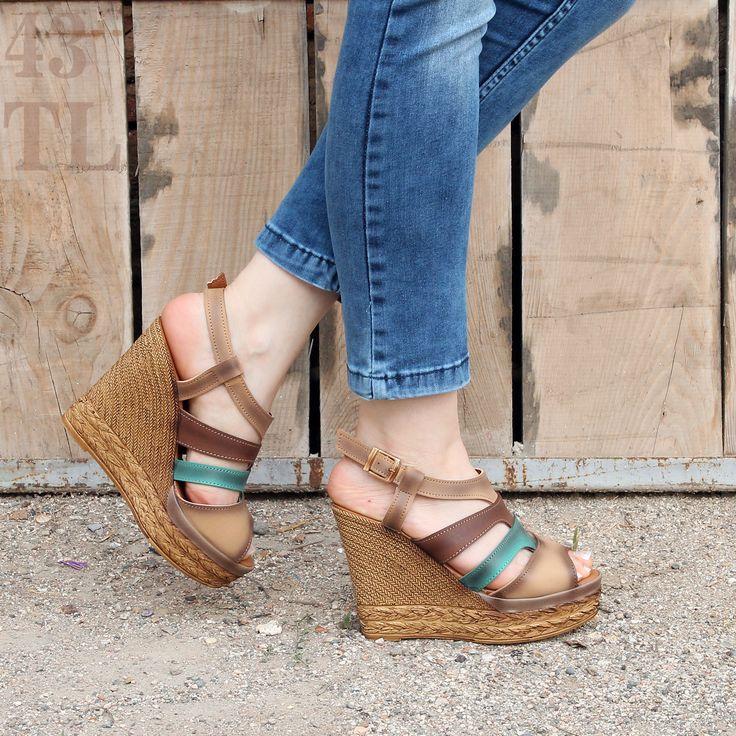 Şimdi Yeystore ayakkabıları ile ayaklarınızı renklendirme zamanı! Bu harika sandaletler 43 TL' ye kapınızda :) http://www.yeystore.com/Minesse-Bayan-Dolgu-Topuk-Ayakkabi-107,PR-40451.html
